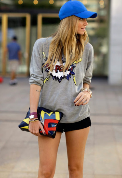 comic-sweater-street-style