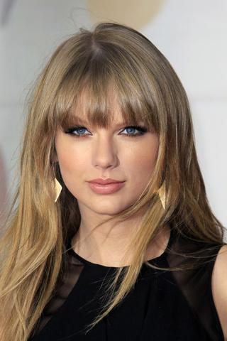 Tendencia-de-cabelos-para-2013-conheca-as-vantagens-de-usar-franja-Grown-Out