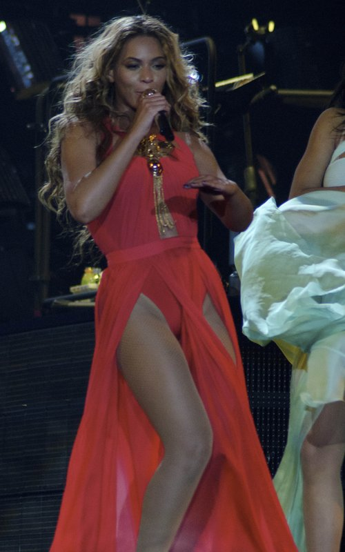 beyonce-mrs-carter-world-tour-2013-serbia-6-1366102928-custom-0