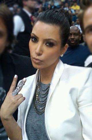 162_Kim-Kardashian