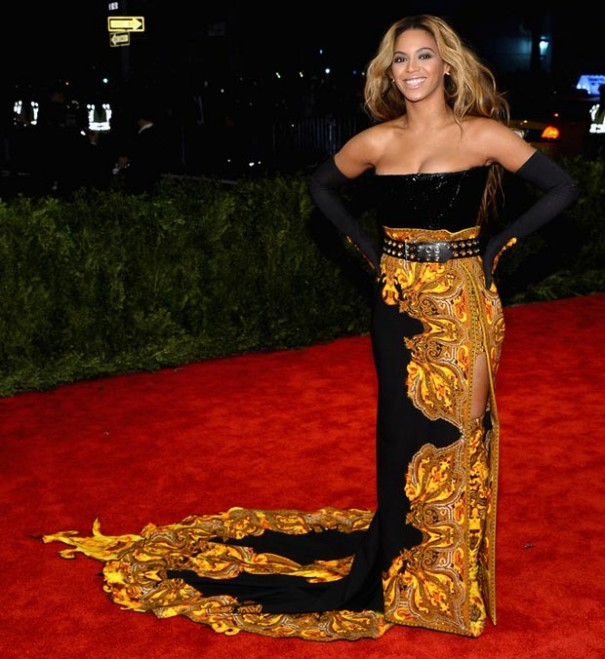 beyonce-black-and-yellow-givenchy-dress-2013-met-gala