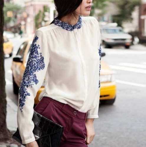 camisa-branca-de-manga-com-estampa-de-lenco-porcelana-azul_MLB-O-3982361464_032013