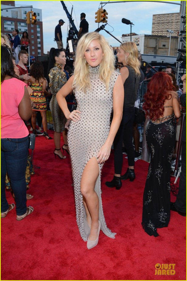 ellie-goulding-mtv-vmas-2013-red-carpet-01