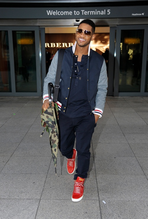 usher-london-heathrow-airport-thom-browne-cotton-and-leather-bomber-jacket-vintage-cazal-902-sunglasses[1]