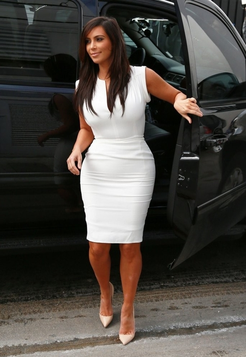 kim-kardashian-white-dress-2