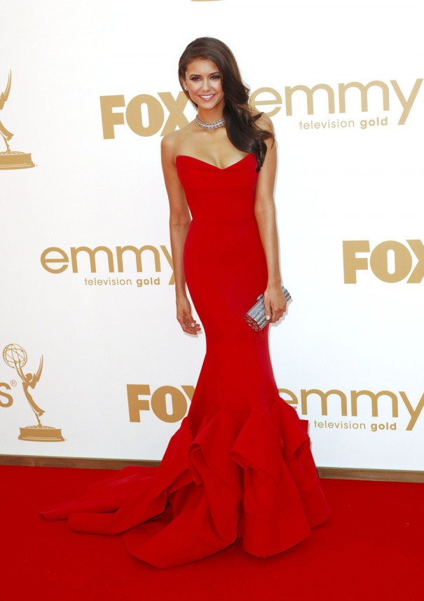 nina_dobrev_red_dress_at_the_6